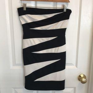 Arden B Dresses - Strapless zebra pattern (black and white) dress